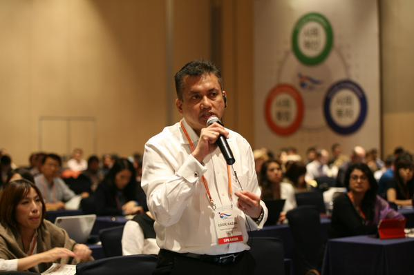 eddie-razak-invited-to-speak-at-social-enterprise-world-form-in-korea-141015